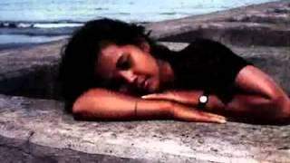 Titi Breinholt nyanyi.. pendatang baru di blantika music Indonesia dari Purwokerto