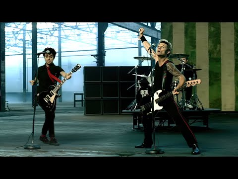 Download Green Day - American Idiot [OFFICIAL VIDEO]