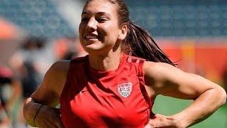 Atlet Sepak Bola Wanita Menyamar Bermain Dengan Laki-Laki   Amazing!!!