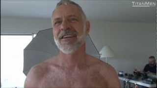 Allen Silver get a Back Shave!