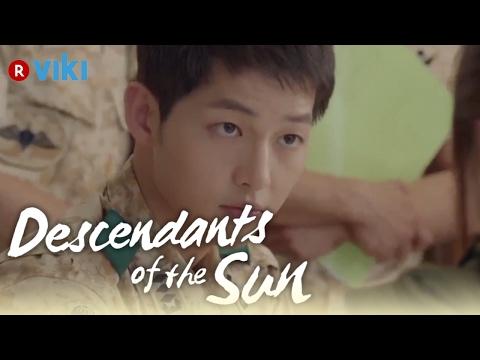 Descendants of the Sun - EP3   Song Hye Kyo Draws Song Joong Ki's Blood [Eng Sub]