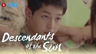 Descendants of the Sun - EP3 | Song Hye Kyo Draws Song Joong Ki's Blood [Eng Sub]