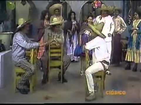 1x14 El Chavo Chespirito Las coplas rancheras El Chavo El tenderero 1973 1 2