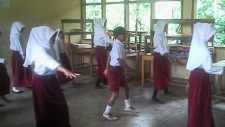 Anak SD Jago Banget Goyang Dumang{Aya Libra}