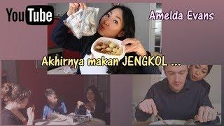 Friends try Indonesian food! |  dapat jengkol | Vlog #6