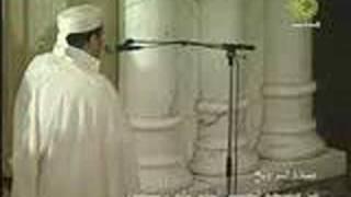 تلاوة مبكية للشيخ عمر القزابري سورة الحاقة