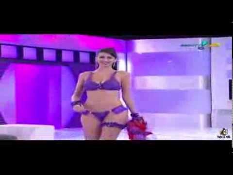 Xxx Mp4 TOCA DO MÃO Desfile Super Pop Carina 03 3gp Sex