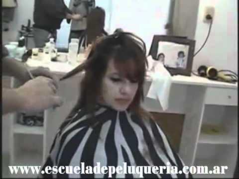 Woman Layered Cuts Dry Hair Cortes en Capas Pelo Seco