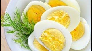 هل تعلم ماذا يحدث لجسمك عند المداومة على تناول البيض يومياً.. سبحان الله !