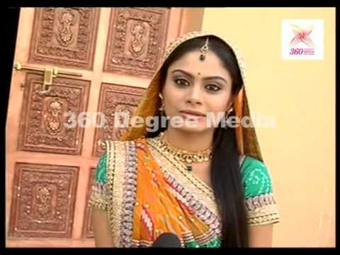 Anandi Says that she getting good reviews for TV Show