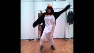 山本彩 「sayaka yamamoto」dance UZA penguin.FLV