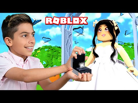 Ferran PROPOSED To a Girl in Roblox Brookhaven Royalty Gaming
