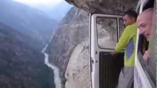 أخطر الطرق في العالم !