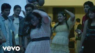 Vishal Dadlani - Pehn Di Takki Video | Gippi