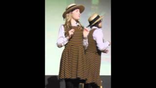Melissa Sanger in Daisy Pulls It Off - July 2012