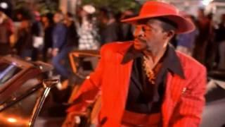 Snoop Dogg ft. The Dogg Pound & The Dramatics - Doggy Dogg World [Explicit]