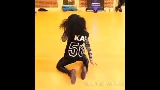 AMAZING DANCE ROUTINE TO YO GOTTI