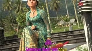 Sempaya - Vivien Vania in Melayu Deli