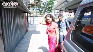 Anusree | തേപ്പുകാരിയാണോ? അനുശ്രീയോടു ചോദിക്കാം | Vanitha Covershoot