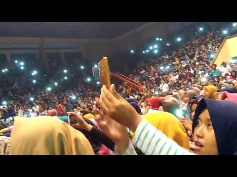 Gor Bahurekso Kendal Dibanjiri penonton malam ini | Nissa Sabyan Gambus - Ya Asyiqol Mustofa