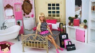Barbie Doll Grand Hotel Bedroom , Pink Bathroom Playset - Doll Hotel Miniatures
