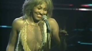 TINA TURNER - PROUD MARY(LIVE 1982)