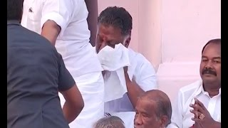 #Jayalalithaa Death   Panneerselvam & His Cabinet Ministers Cries