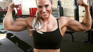 41 years young muscle woman Nichelle Laus