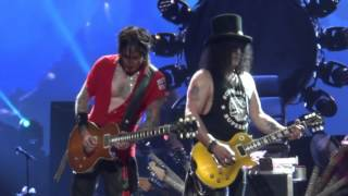 Guns N' Roses - Wish You Were Here/Layla - CLOSE TO THE STAGE