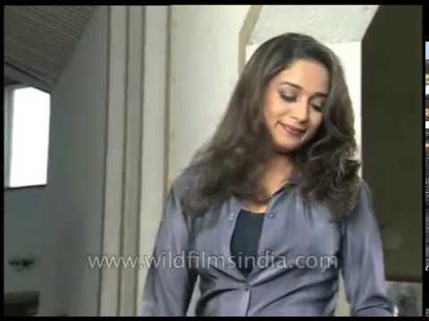 Xxx Mp4 Madhuri Dixit On Set Shooting For Bollywood Film Arzoo 3gp Sex