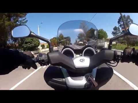 Test Drive Yamaha Xmax 125 2013
