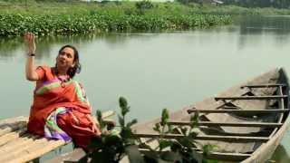 INDIRA DAS SINGING 'BAPU, AMAR BIYA DEON LAAGE'