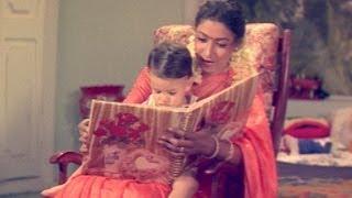 Sisindri Movie || Aamani Showing Album To Akhil || Nagarjuna, Tabu