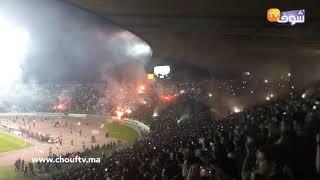 جماهير المگانة تبدع خلال مباراة الرجاء أمام الإسماعيلي وتضيء سماء دونور