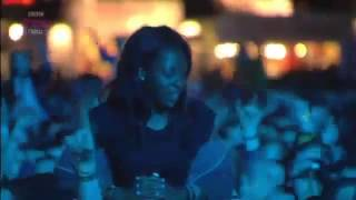 Tinie Tempah  Love Suicide (Live) 2012 - 2013 Audio & Video high quality -Alta Qualidade