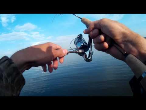 ловля окуня на микроджиг видео 2016