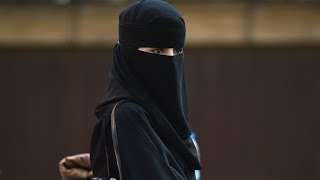 Saudi Man Divorces Wife During Wedding After Seeing Her Face for 1st Time