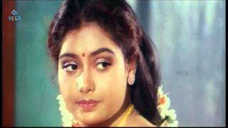 Jegathiswari Movie : SaiKumar and Yuvarani romantic scene