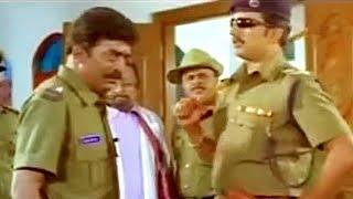 #Sudeep Teaches Discipline To His Junior | #PoojaKanwal,