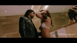 Jacqueline Fernandez  hot kiss & love making scene 720p HD