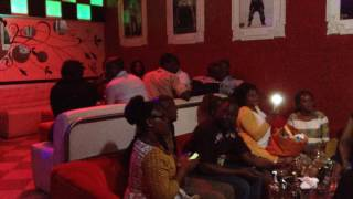 LE SHOW AU SEIN DE VOTRE BAR VIP ABIDJAN NIGHT-CLUB DE YOPOUGON