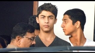 Shah Rukh Khan's son Aryan is growing into a handsome guy