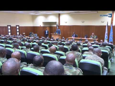 Xxx Mp4 President Paul Kagame Meeting With RDF Senior Command And Staff 3gp Sex