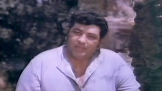 Fight Scene - Amjad Khan Vs Goondas @ Char Maharathi - Mithun, Tina Munim