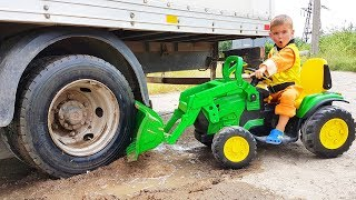 FUNNY BABY Big Truck stuck in the mud Paw Patrol Ride On POWER WHEEL Tractor Excavator