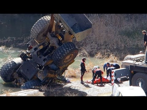 accidentes de camiones bestiales accidentes truck Accident car crash recopilacion 2013 part.2