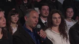 Odeon 220  Nxenesit e Gjimnazit Hivzi Sylejmani F Kosove