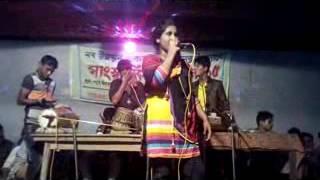 ROPOSHE.রুপসী নাচের চেয়ে কডা কডা কথার মজাই আলাদা, চট্টগ্রামের আঞ্চলিক গানের জগতে সেরা গান