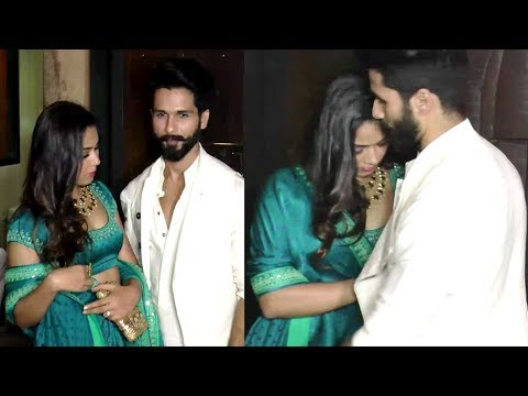 Xxx Mp4 Shahid Kapoor Saves Wife Meera Rajput From OOPS Moment In Public 3gp Sex