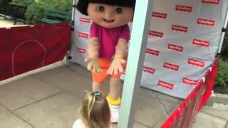 Meeting Dora
